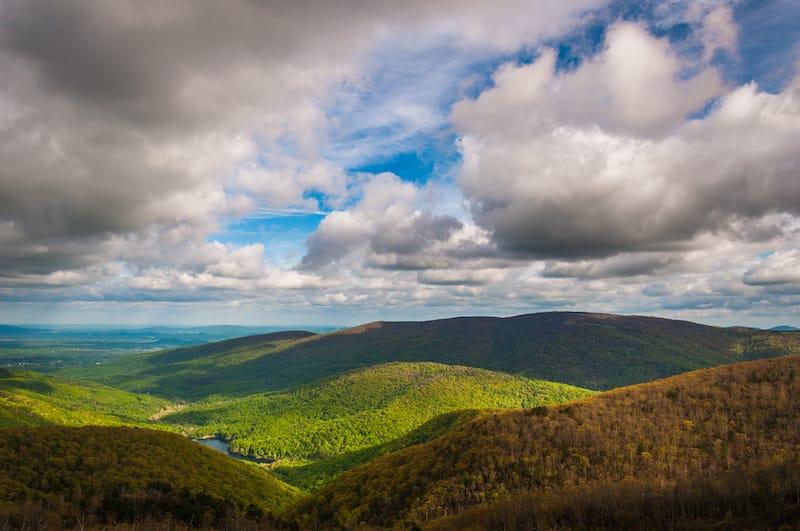 Moorman's River Overlook hiking near Charlottesville Virginia