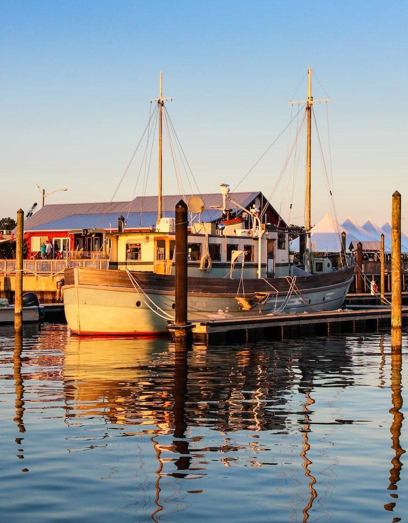 Boat-at-the-Cape-Charles-Marina-in-VA-1