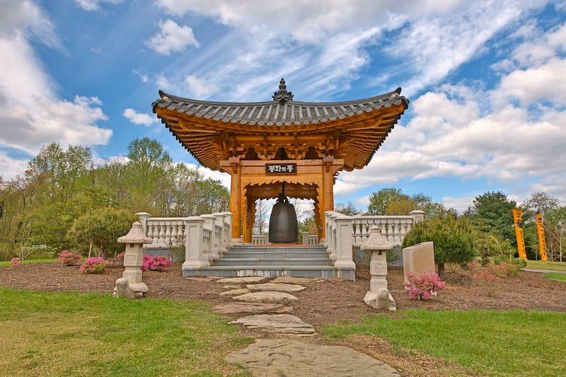 Meadowlark Botanical Gardens in Virginia