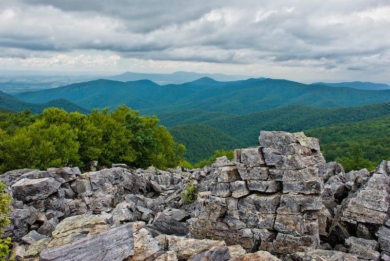 Blackrock Summit - Best easy hikes in Shenandoah National Park