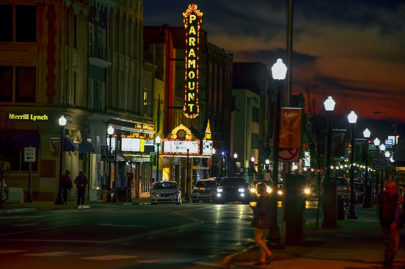 State Street in Bristol Virginia at night