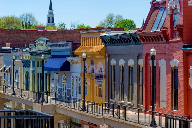 Morristown - Editorial credit- Dee Browning - Shutterstock.com