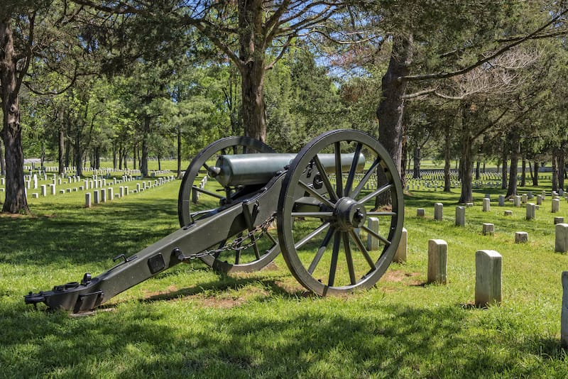 Stones River National Battlefield And Cemetery In Murfreesboro